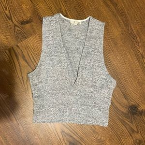 Aritzia Wilfred Free Plunging Cropped Tank Top